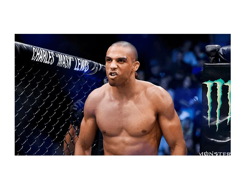 Турнир UFC ON ESPN, Бойцовский Остров, ОАЭ. Эдсон Барбоза — Макван Амирхани